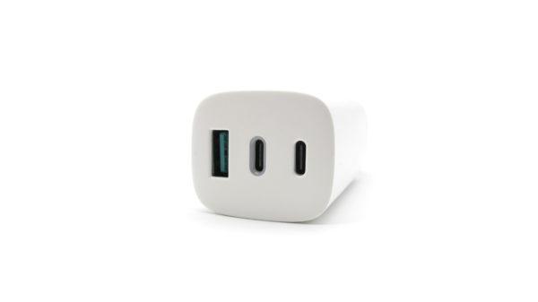Travel Charger AAAmaze 65 Watt 1 porta USB 2 porte TYPE-C